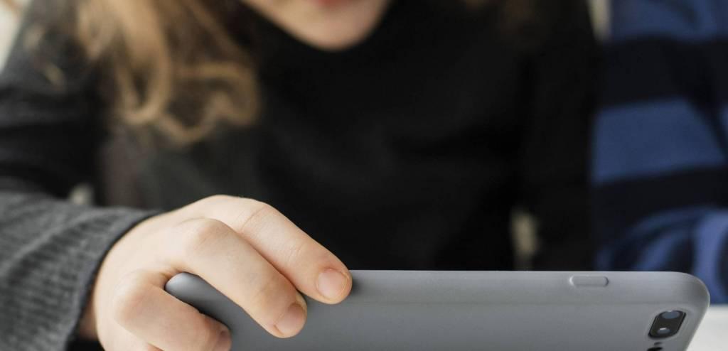 viettääkö lapsi liikaa aikaa netissä